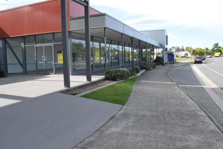347 Christine Ave Varsity Lakes QLD 4227 - Image 2