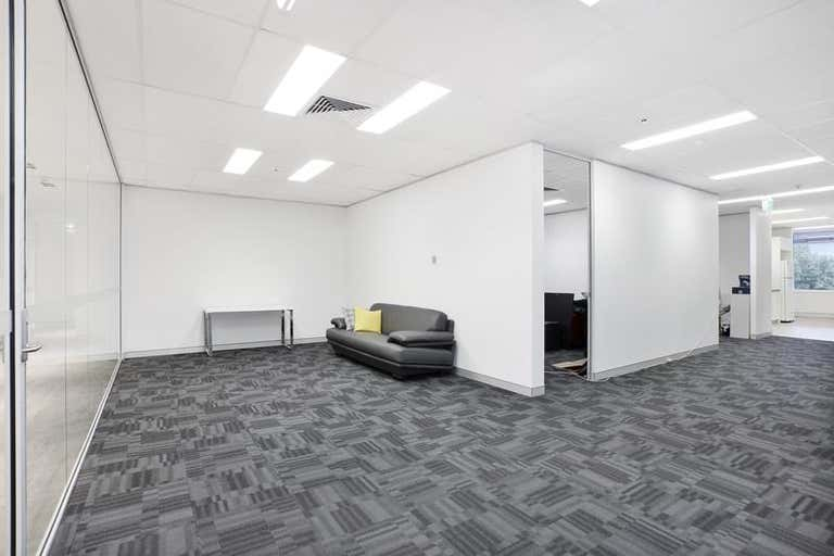 71 Longueville Rd Lane Cove NSW 2066 - Image 3