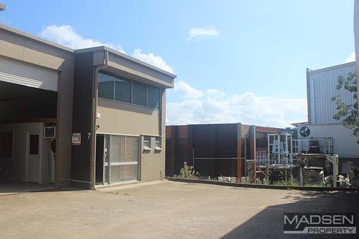 7/14 Spine Street Sumner QLD 4074 - Image 1
