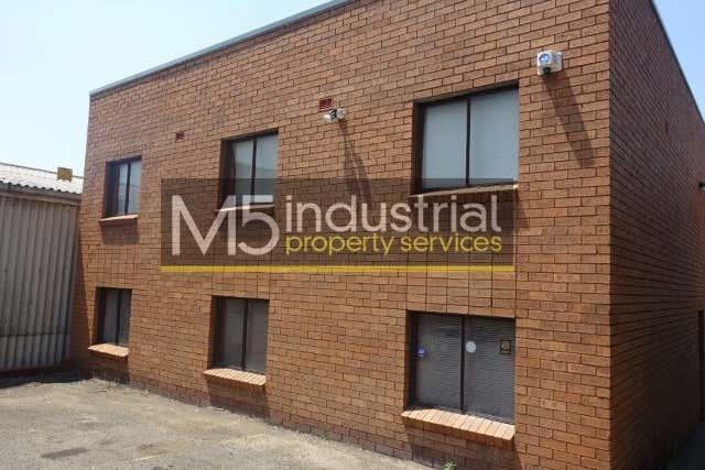5/15 Lorraine Street Peakhurst NSW 2210 - Image 1