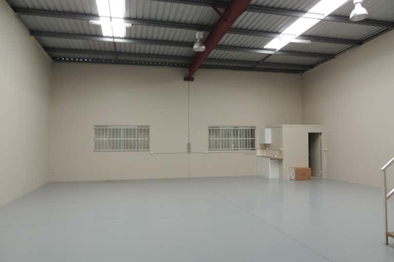 2/8 Maiella Street Stapylton QLD 4207 - Image 3