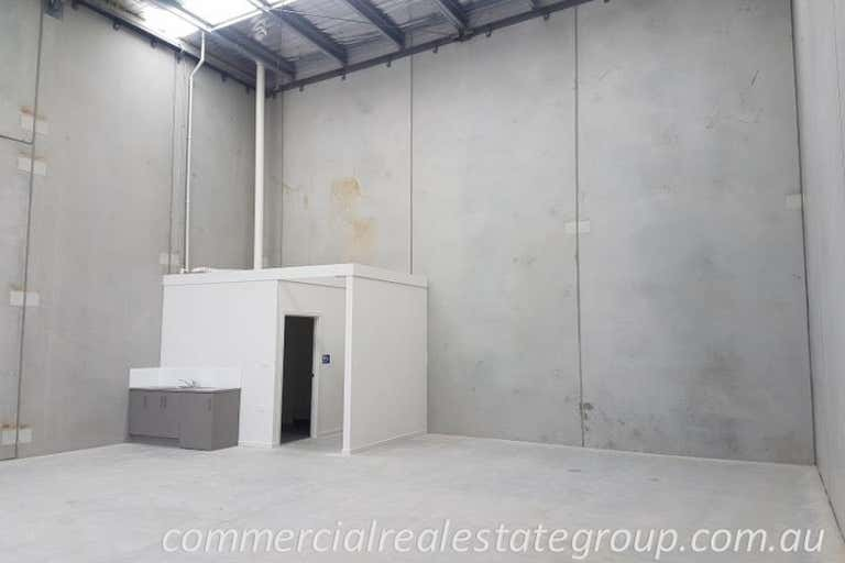 17 Tesmar Circuit Chirnside Park VIC 3116 - Image 2