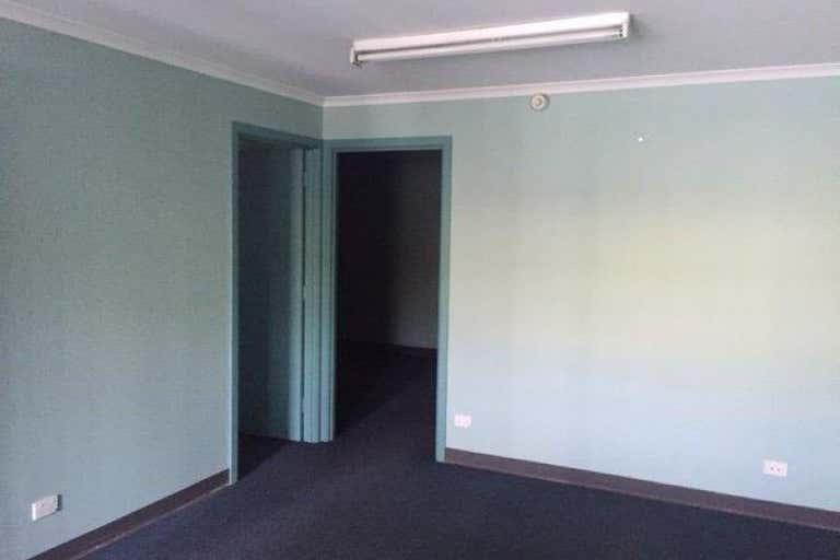 Unit 8, 21-23 Naweena Road Regency Park SA 5010 - Image 3