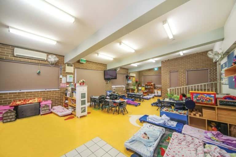 6 Pierce Close Prairiewood NSW 2176 - Image 4