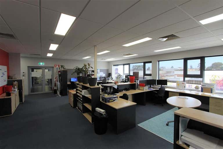 Part Office 39/3 Box Road Caringbah NSW 2229 - Image 2