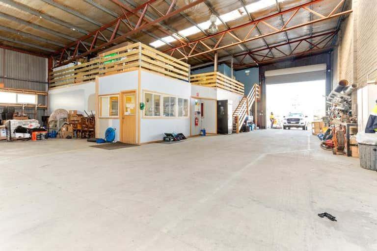 Warehouse 11, 14 Broadland Drive Newstead TAS 7250 - Image 3