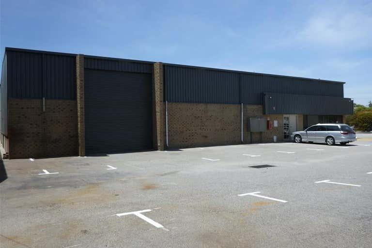 1/4 Elmsfield Road Midvale WA 6056 - Image 2