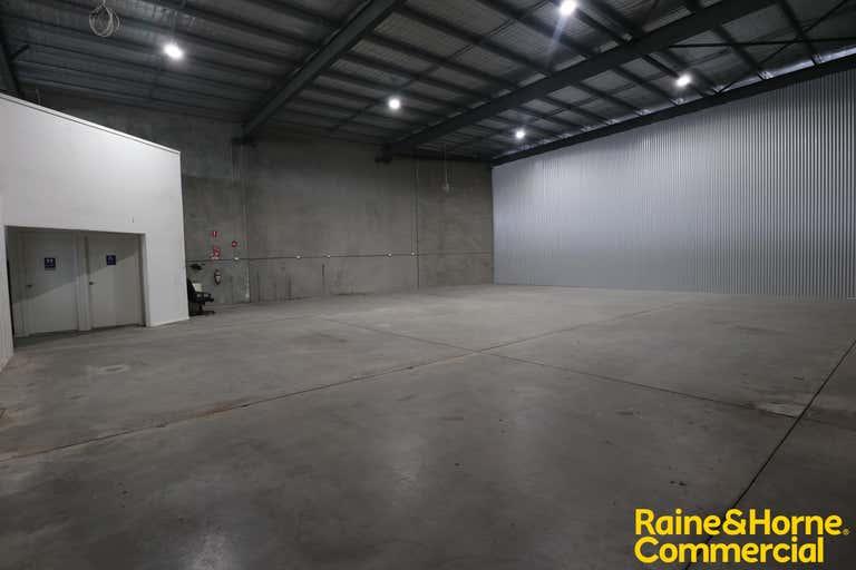 Unit 1, 71 Copland Street Wagga Wagga NSW 2650 - Image 4
