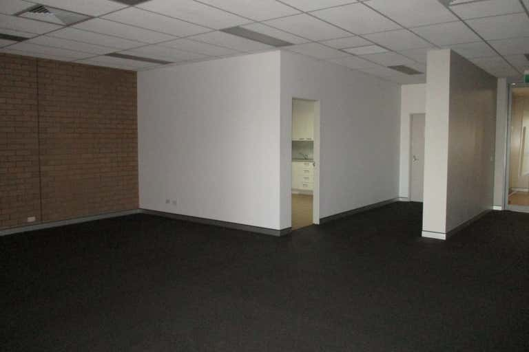 2/210-212 Main Street (Upstairs Office) Bairnsdale VIC 3875 - Image 3
