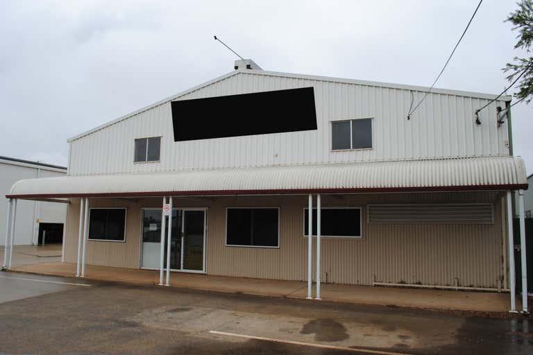 13-15 Carroll Street - Tenancy 1 Wilsonton QLD 4350 - Image 2