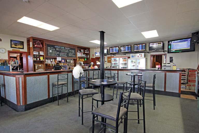 Swan Reach Hotel, Hasse Hill Road Swan Reach SA 5354 - Image 2
