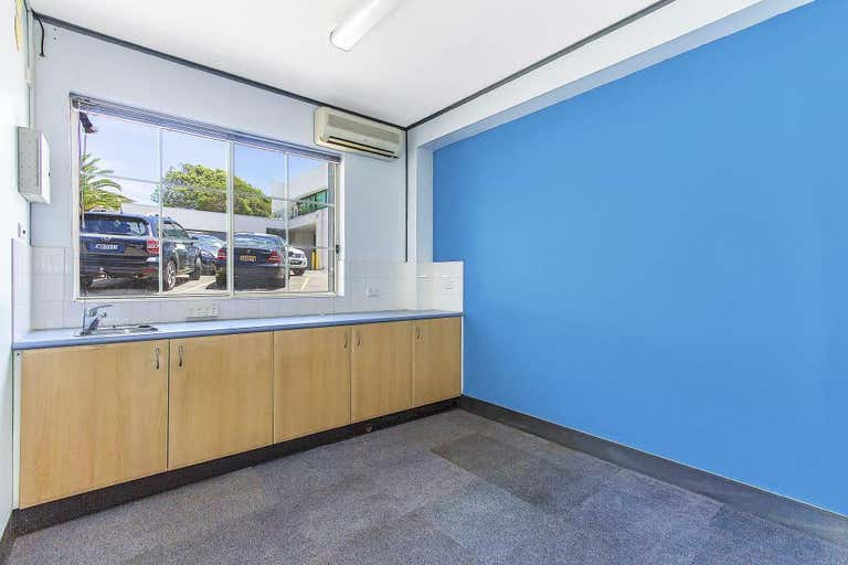 Suite2/1 Campbell Crescent Terrigal NSW 2260 - Image 2