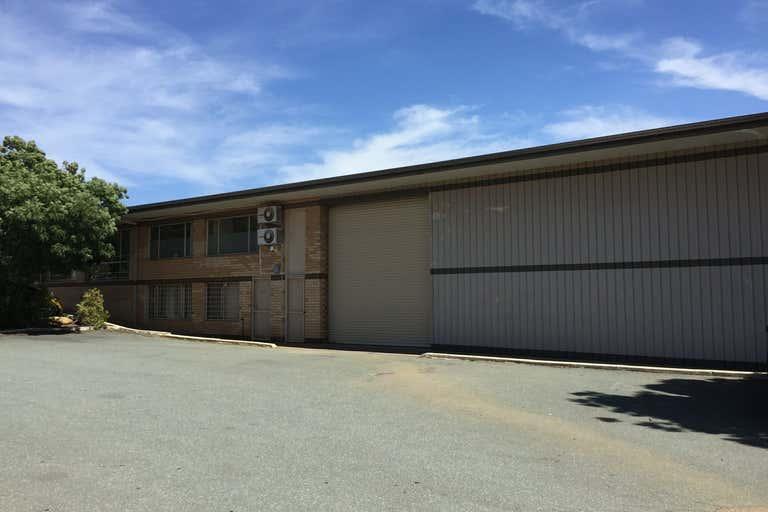3/33 Lorn Road Queanbeyan NSW 2620 - Image 2