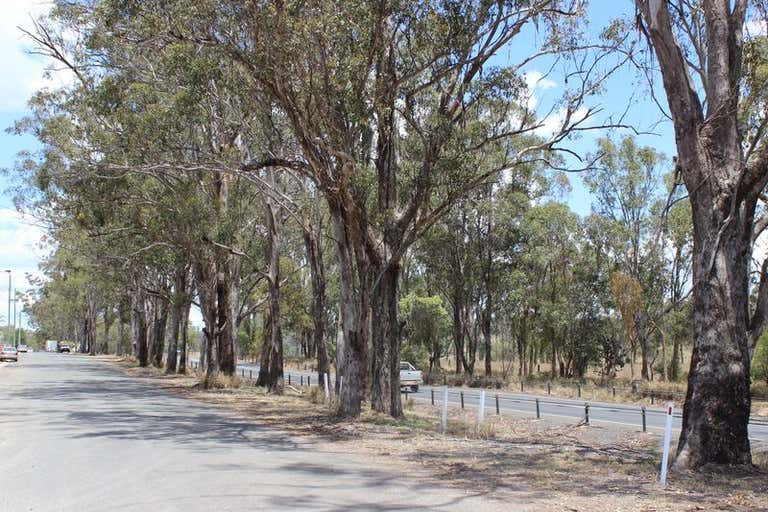 9 New England Highway Crows Nest QLD 4355 - Image 3