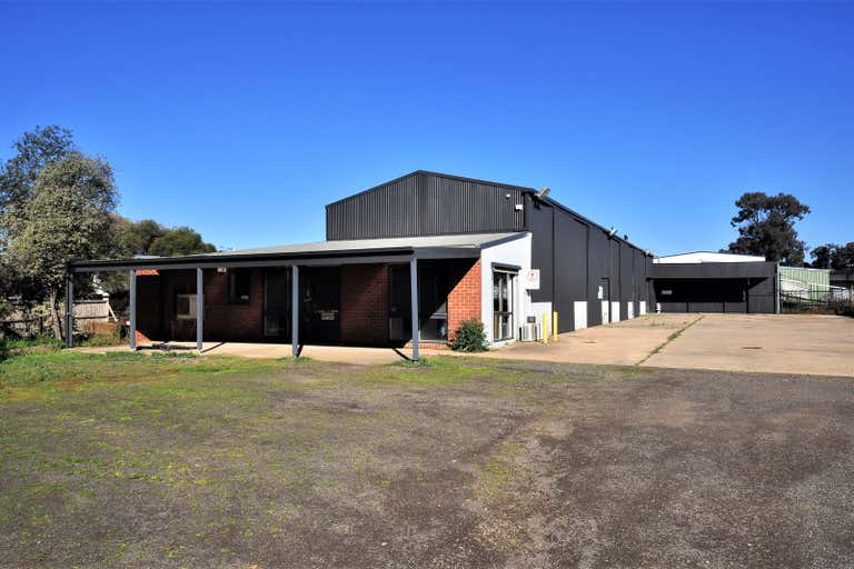 198 Strickland Road Strathdale VIC 3550 - Image 1