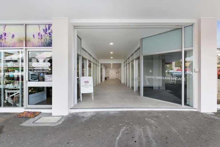 Capitol Court, 14 Denham Street Rockhampton City QLD 4700 - Image 2