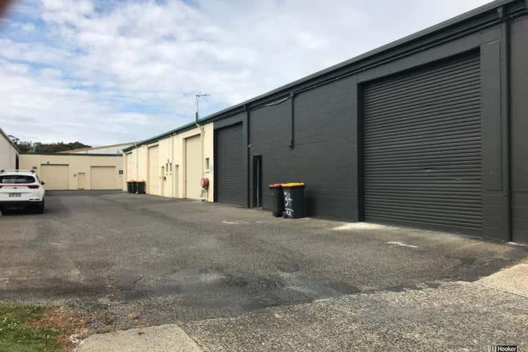 34/22 Lawson Crescent Coffs Harbour NSW 2450 - Image 2