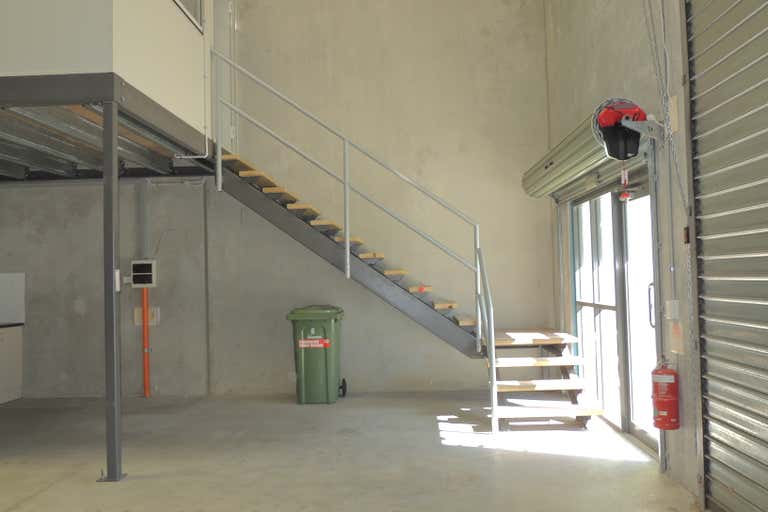 30/55 Commerce Circuit Yatala QLD 4207 - Image 3