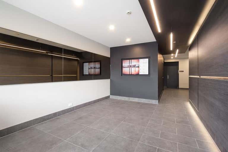 71 Palmerston Crescent South Melbourne VIC 3205 - Image 2
