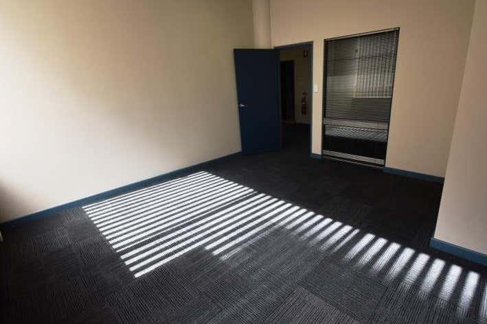 Ground Floor Suite 31, 4 Ravenshaw Street Newcastle West NSW 2302 - Image 4