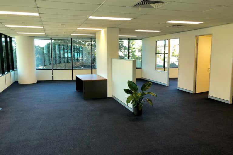 30205/9 Lawson Street Southport QLD 4215 - Image 3