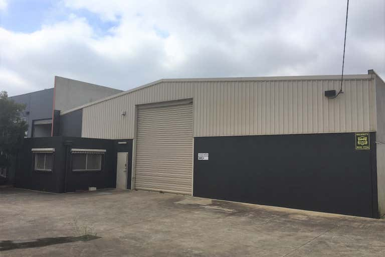 18 Enmore Street North Geelong VIC 3215 - Image 1