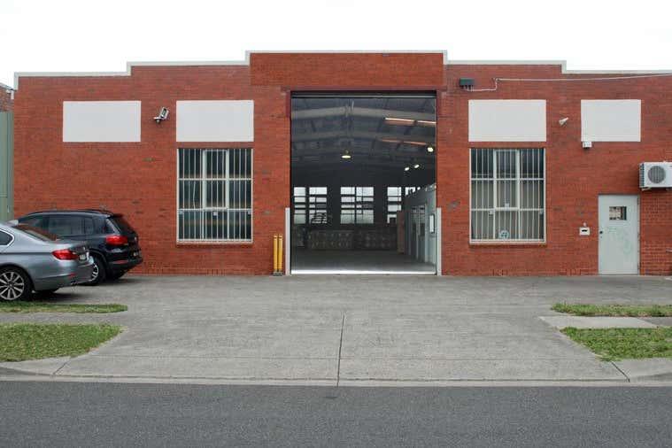 8 Meriton Place Clayton VIC 3168 - Image 1