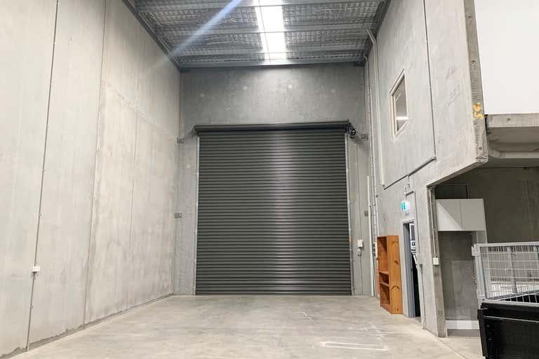 4a/18 Bluett Drive Smeaton Grange NSW 2567 - Image 3