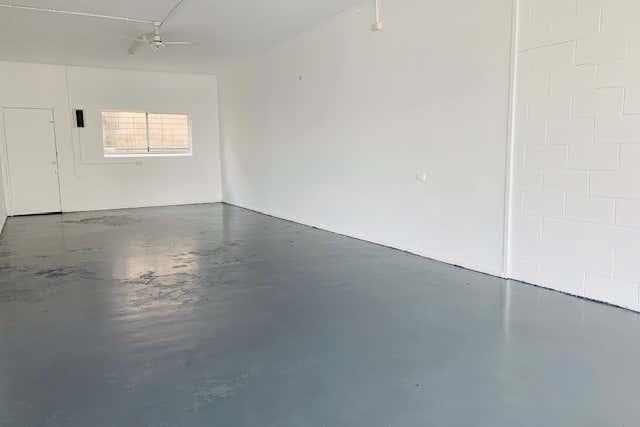Shop 6/235 235 Zillmere Road Zillmere QLD 4034 - Image 2