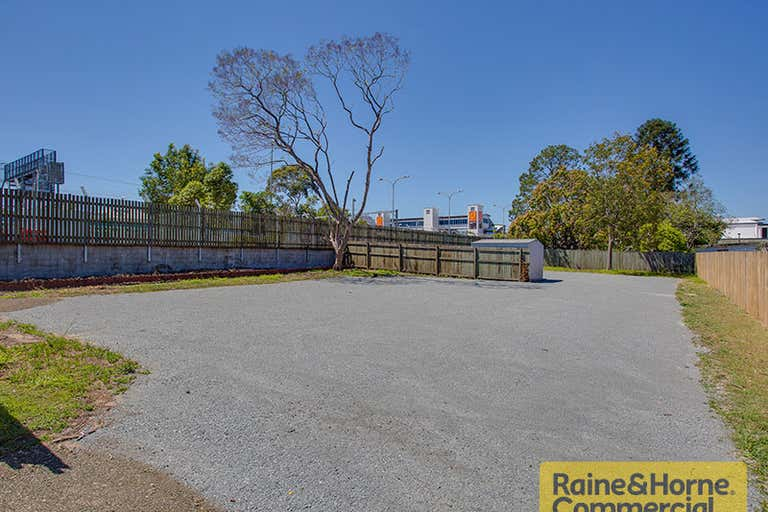 70 Rookwood Avenue Coopers Plains QLD 4108 - Image 2