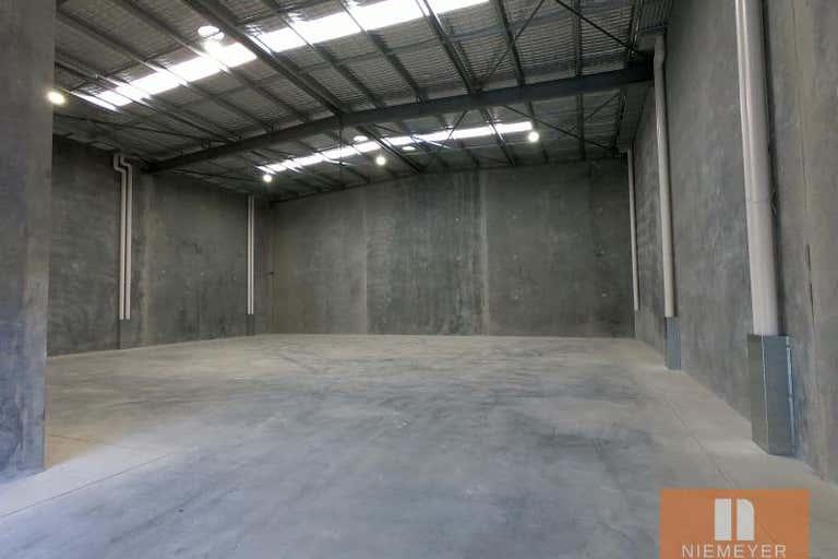 22 Hallmark Street Pendle Hill NSW 2145 - Image 2