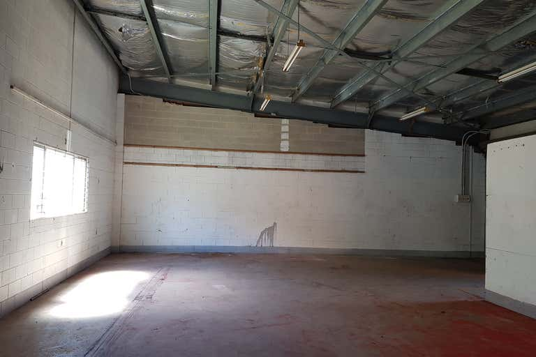 8/136 Aumuller Street Bungalow QLD 4870 - Image 4