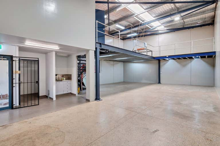 Unit 1, 12  Anderson Street Banksmeadow NSW 2019 - Image 2