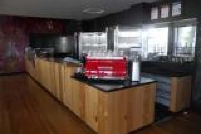 816 Lorimer Street Port Melbourne VIC 3207 - Image 3