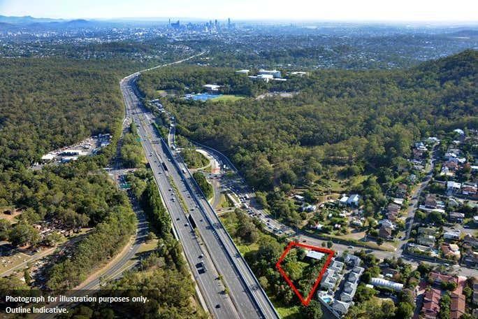 134 Klumpp Road Upper Mount Gravatt QLD 4122 - Image 2
