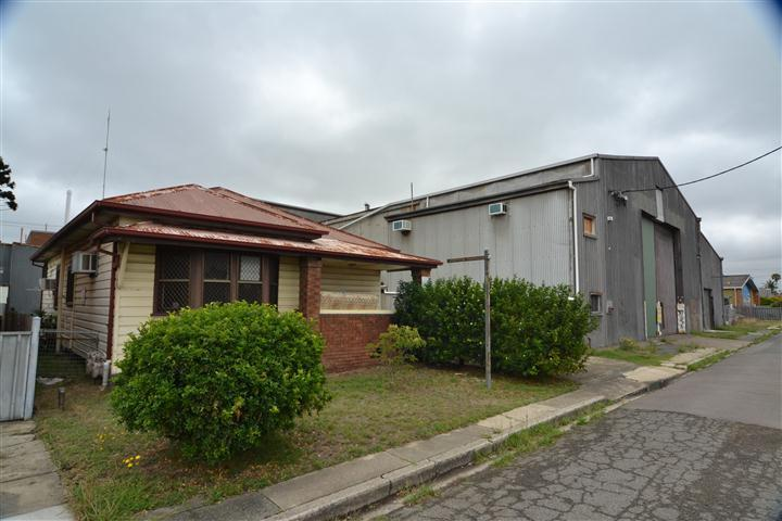 101-105 Lott Street Carrington NSW 2294 - Image 1