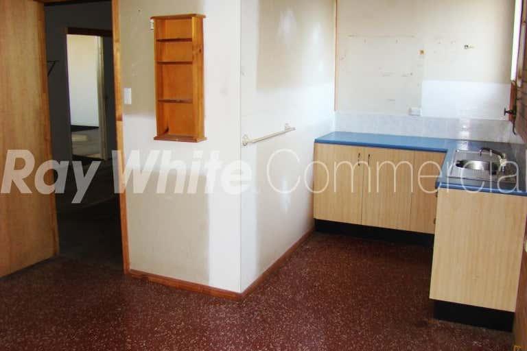 437 Alderley Street Harristown QLD 4350 - Image 4
