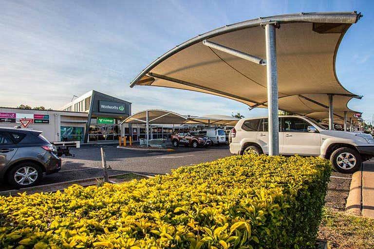 Emerald Village Shopping Centre, 51-57 Hospital Road Emerald QLD 4720 - Image 3