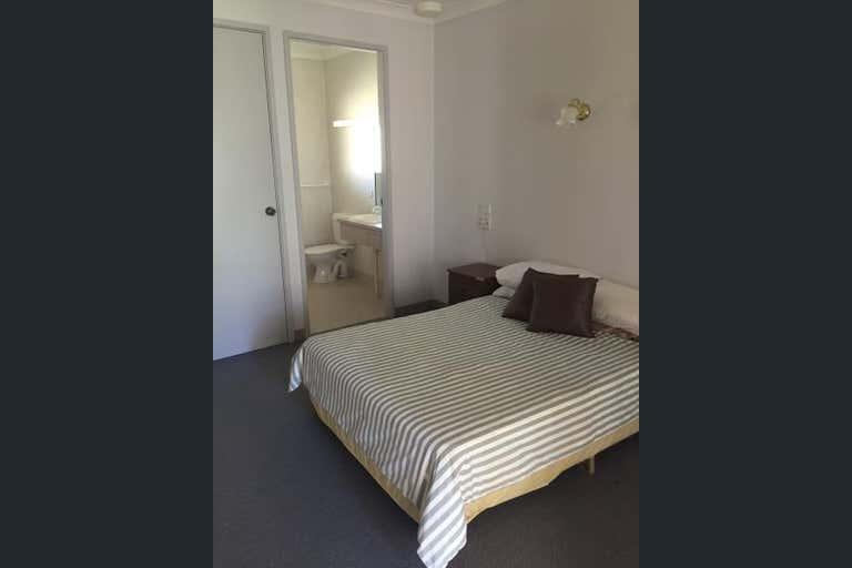 69 Centenary Avenue Tarcutta NSW 2652 - Image 2