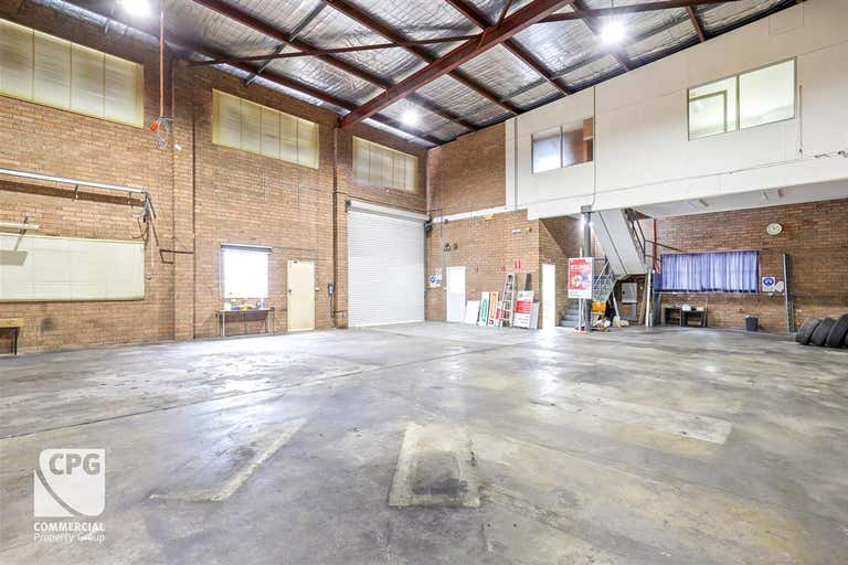 Units 2, 3 & 4/18 Monro Avenue Kirrawee NSW 2232 - Image 3