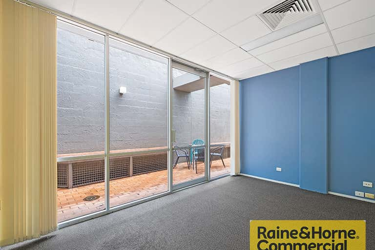 10/40 Brookes Street Bowen Hills QLD 4006 - Image 2