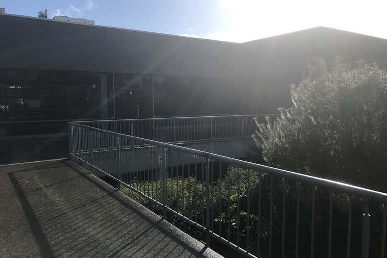 Unit 9, 156 Highbury Road Burwood VIC 3125 - Image 2