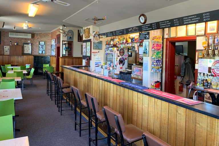 Royal Oak Hotel, 402 South Street Ballarat Central VIC 3350 - Image 3