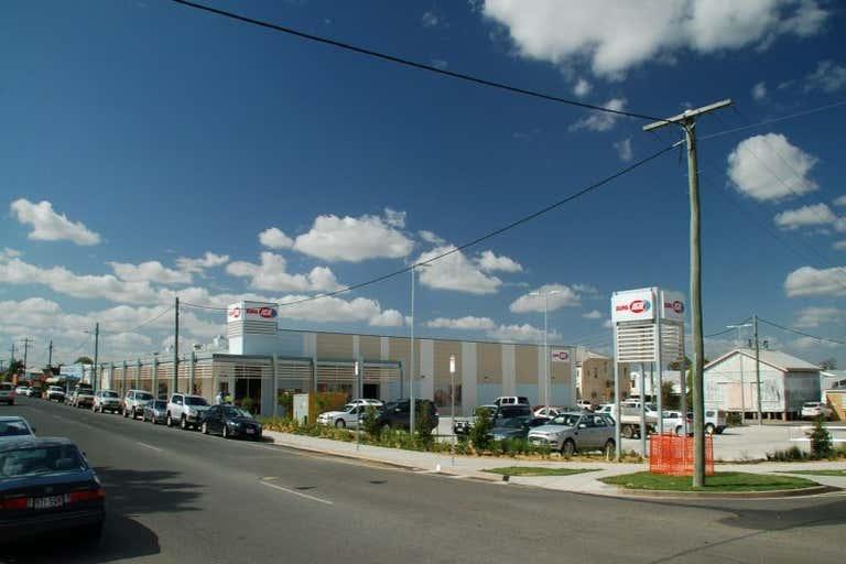 Supa IGA Biloela, 59 - 69 Grevillea Street Biloela QLD 4715 - Image 4