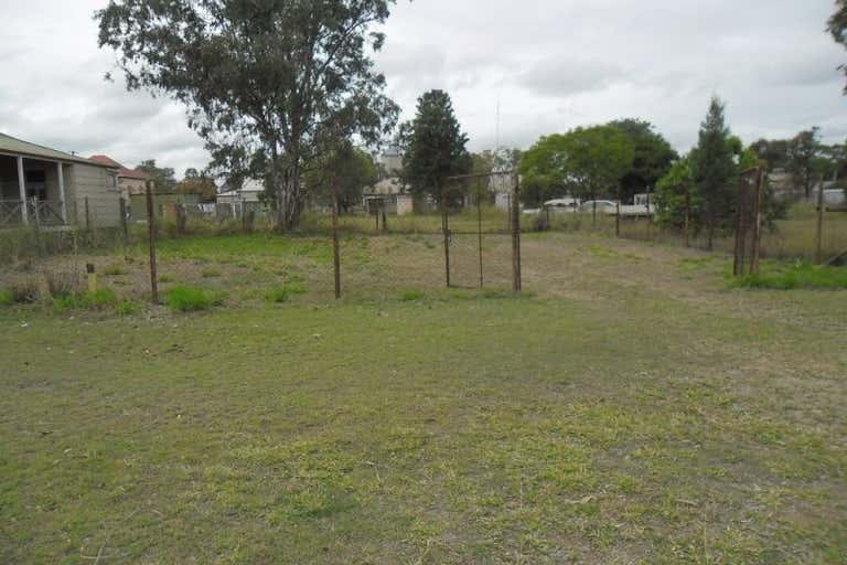 59 Hawkins Street Miles QLD 4415 - Image 3