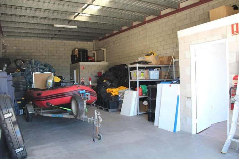 2/4 Avian Street Kunda Park QLD 4556 - Image 4