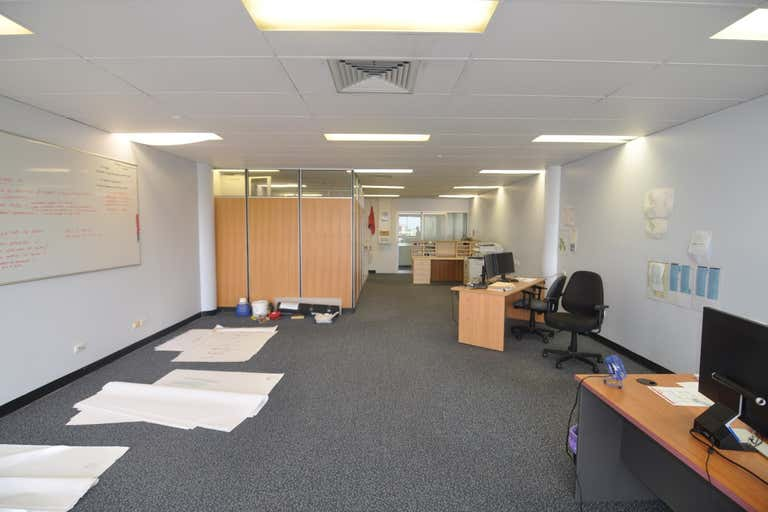 Suite 4, 28 Hamilton Street Townsville City QLD 4810 - Image 4