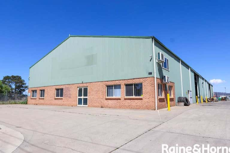17 WHYALLA CIRCUIT Kelso NSW 2795 - Image 1