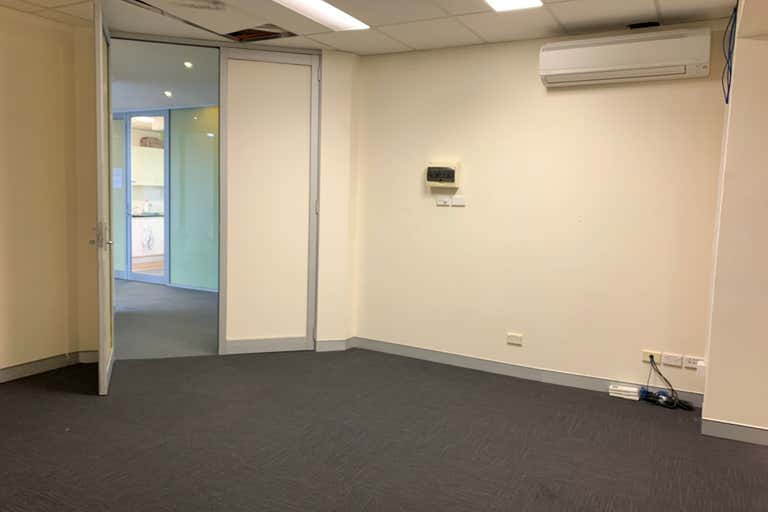 Suite 16A, 174 Willoughby Road Crows Nest NSW 2065 - Image 4