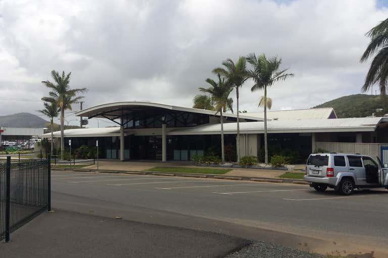 61 Queen Street Yeppoon QLD 4703 - Image 2